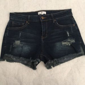 Tilly's - Ivy + Main High Rise Jean Shorts
